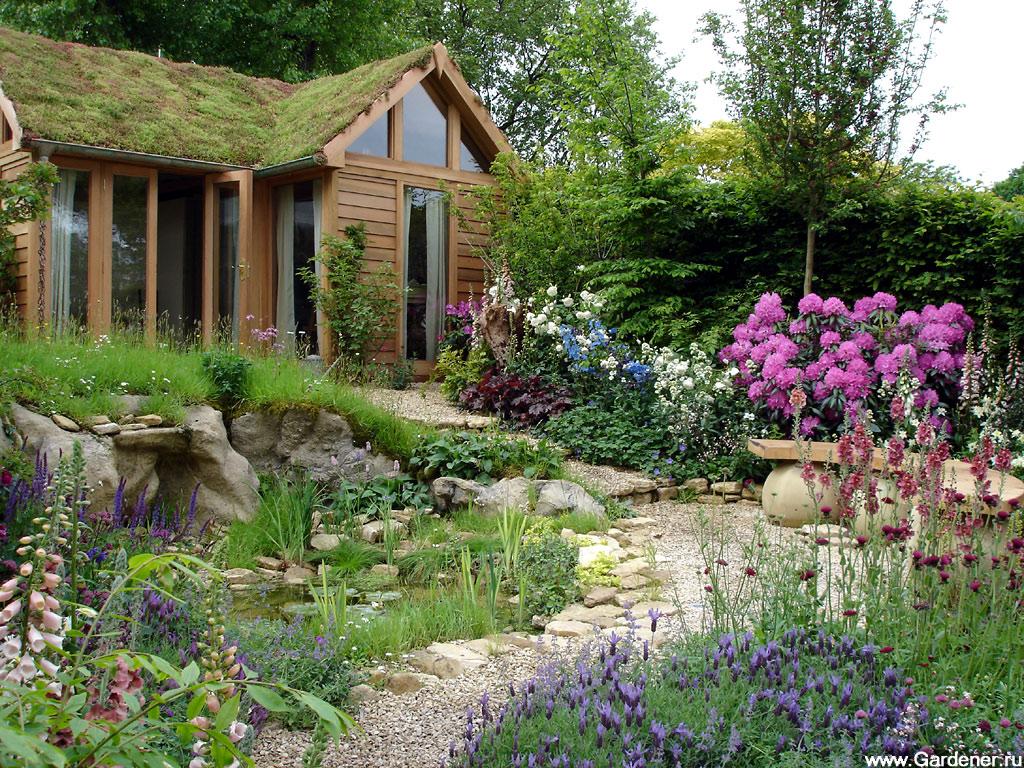 Домик в саду своими руками фото