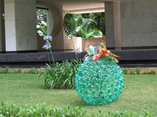 Поделки для огорода своими руками из пластиковых бутылок фото